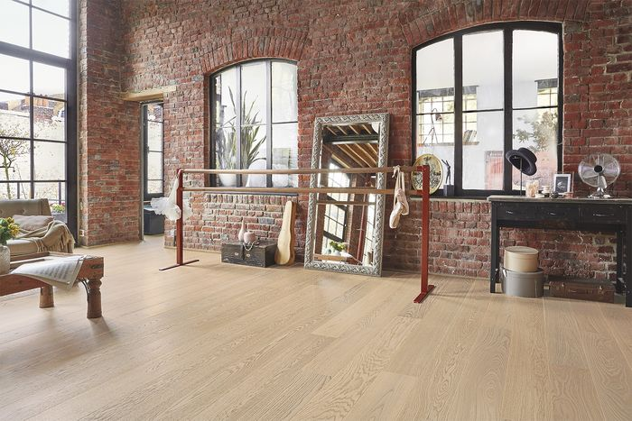 Tarkett Shade Oak Cream White Plank (outlet -erä 13,6 m2)